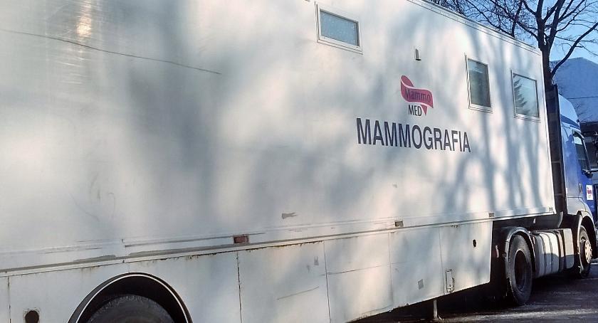 Zdrowie - szpital , Przyjeżdżają mammobusy skorzystaj zbadaj - zdjęcie, fotografia