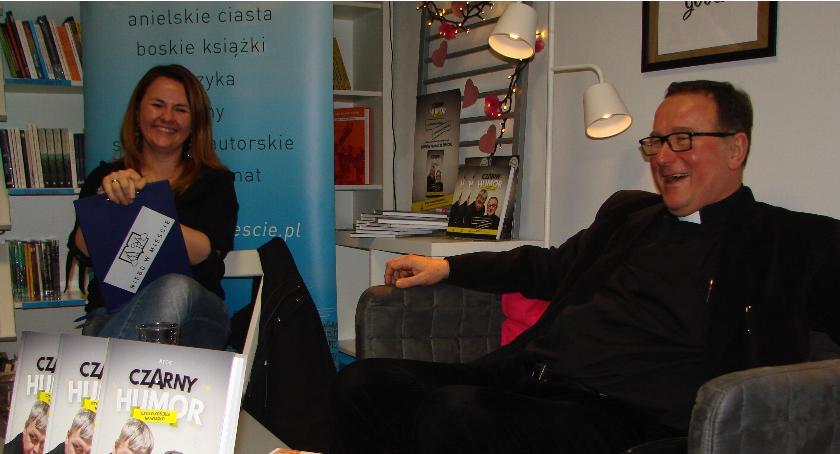 Publikacje, Kawiarniano książkowe spotkanie Bogusławem Kowalskim Otwocku - zdjęcie, fotografia
