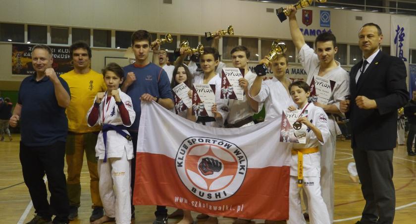 Sporty walki, Pięć złoto srebro Bushi walczyło Zamościu - zdjęcie, fotografia