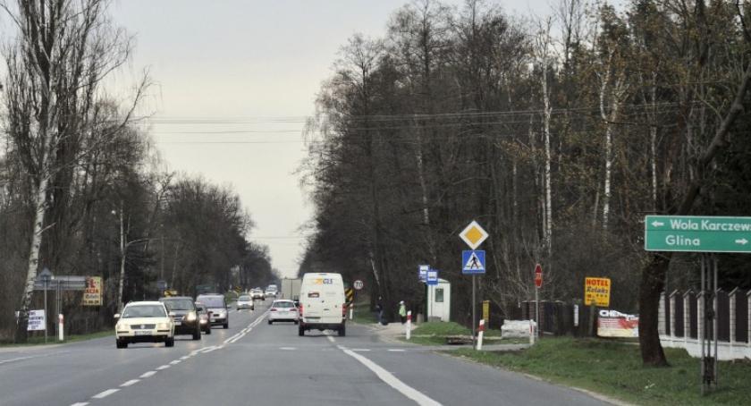 Inwestycje, Zgoda budowę Wiązowny obwodnicy Kołbieli - zdjęcie, fotografia