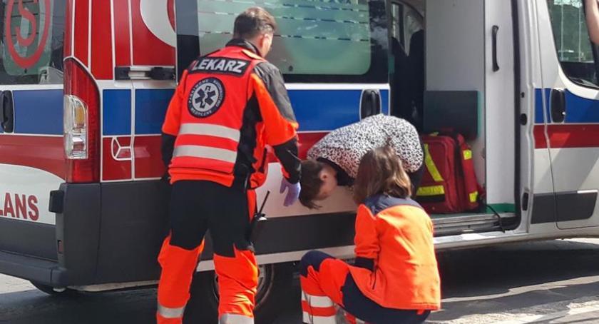 Film - fotografia, pomagali ratownicy medyczni teatrze Jaracza - zdjęcie, fotografia
