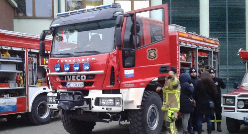 Bezpieczeństwo, Strażacy będą kupować ratowniczo gaśnicze - zdjęcie, fotografia
