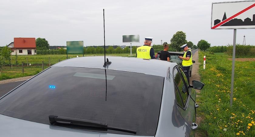 Bezpieczeństwo, Bezpieczna majówka otwockich drogach - zdjęcie, fotografia