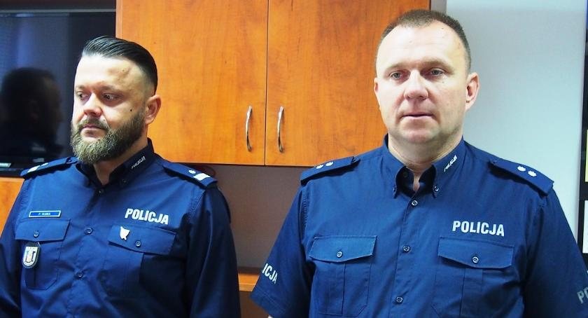 Bezpieczeństwo, komendanci Komisariatu Policji Karczewie - zdjęcie, fotografia