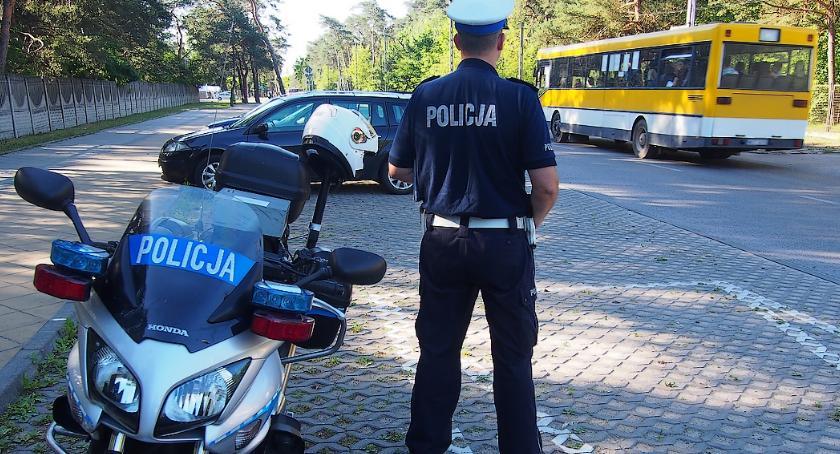 Komunikaty policji, Zasady zgłaszania autokarów policyjnych kontroli - zdjęcie, fotografia