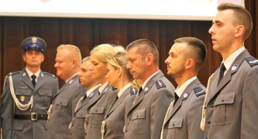 Bezpieczeństwo, Święto Policji Otwocku awanse nagrody wzorową służbę - zdjęcie, fotografia