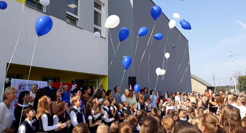 Edukacja - nauka, Wszystkie dzieci szkołach jedną zmianę - zdjęcie, fotografia