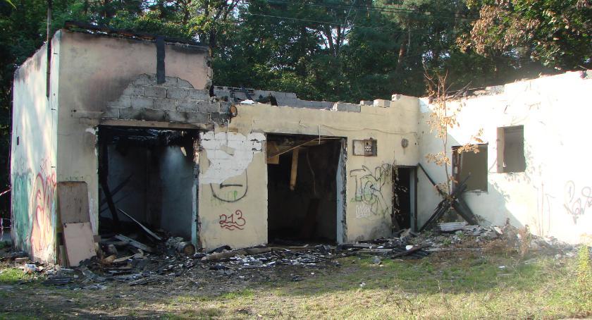 Interwencje Straży Pożarnej , Pożar starego magazynu Kochanowskiego - zdjęcie, fotografia