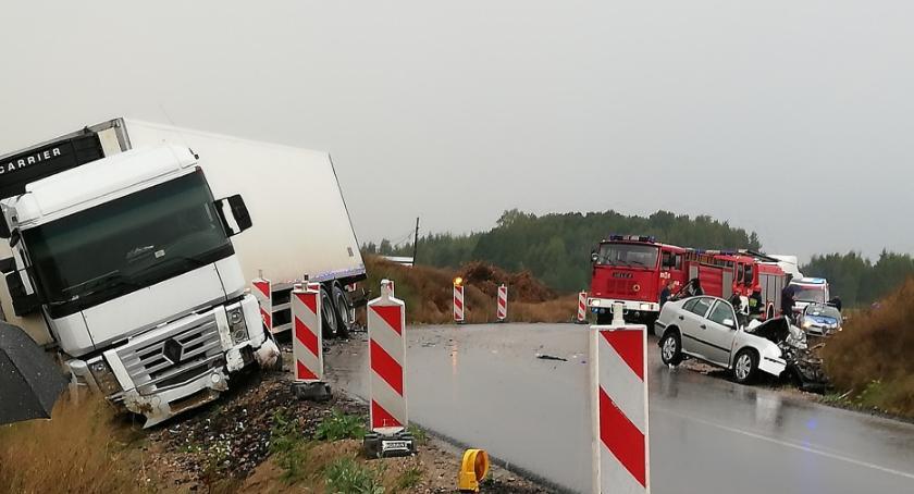 Wypadki drogowe , Zderzenie tirem - zdjęcie, fotografia
