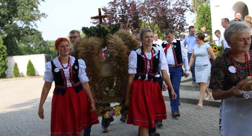 Imprezy, Warszawice podziękowały plony - zdjęcie, fotografia
