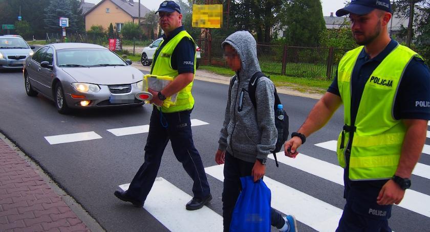 Bezpieczeństwo, Bezpieczna droga szkoły - zdjęcie, fotografia