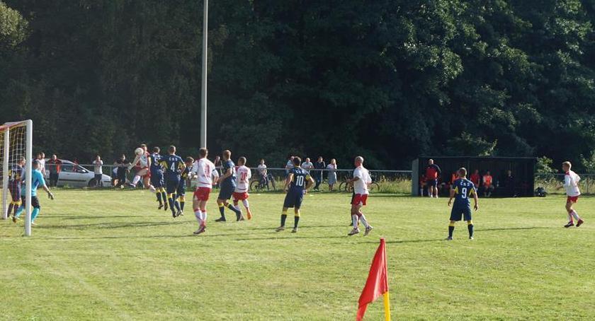 Piłka nożna, Piłkarski rollercoaster Lasku! - zdjęcie, fotografia