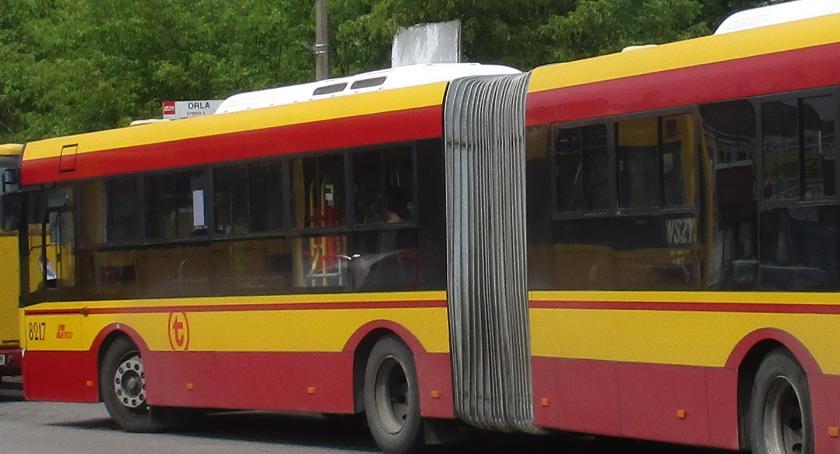 Komunikacja - drogi , czyli zabawa transport miejski - zdjęcie, fotografia