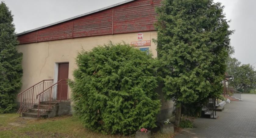 Interwencja, Będą protestować sprawie szkoły Wólce Mlądzkiej - zdjęcie, fotografia