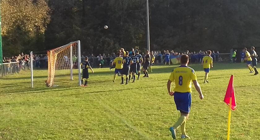 Piłka nożna, Derby Celestynowa Reguta - zdjęcie, fotografia