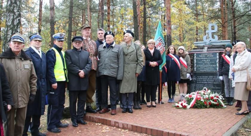 """Historia, Uczcili rocznicę akcji zbrojnej """"Pogorzel"""" - zdjęcie, fotografia"""