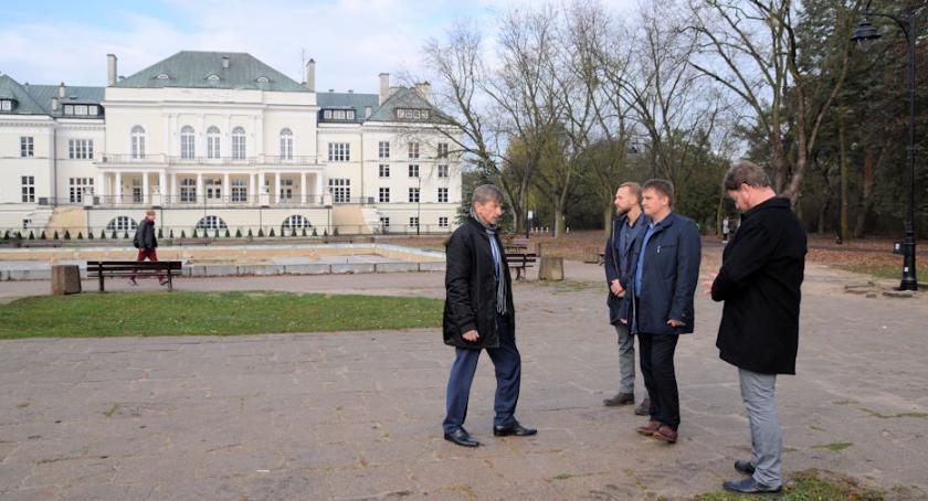 Inwestycje, dokończenie rewitalizacji parku - zdjęcie, fotografia
