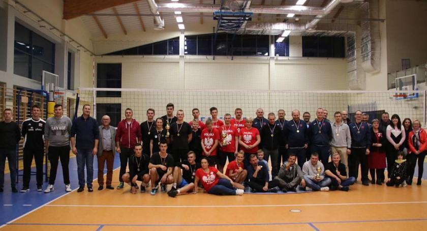 Piłka siatkowa, Niepodległościowy turniej siatkówki Celestynowie - zdjęcie, fotografia