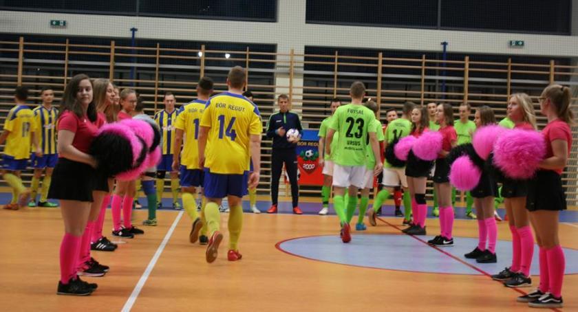 Piłka nożna, Inauguracja drugiej futsalu - zdjęcie, fotografia