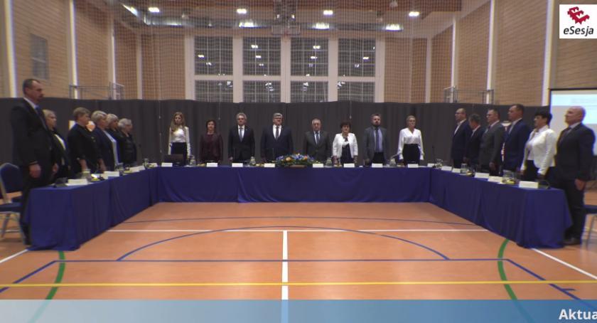 Urzędy, Inauguracja samorządu gminie Wiązowna - zdjęcie, fotografia