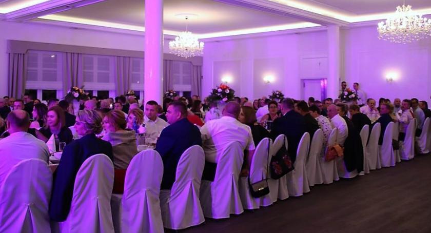 Imprezy, Charytatywne andrzejki Lipówkach - zdjęcie, fotografia