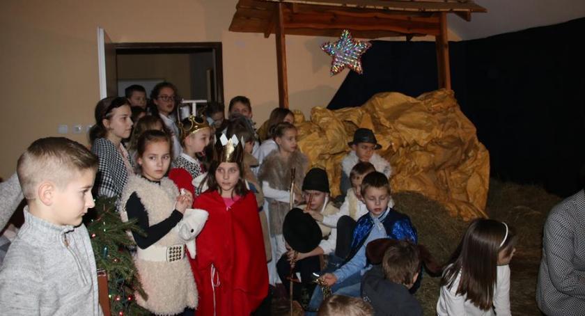 Teatr - spektakle, Pastorałka aniołami Regucie - zdjęcie, fotografia