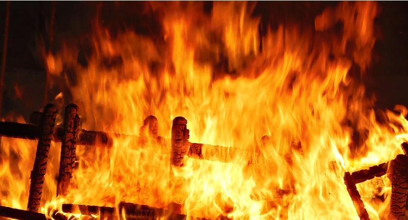 Interwencje Straży Pożarnej , Sylwestrowe pożary powiecie - zdjęcie, fotografia