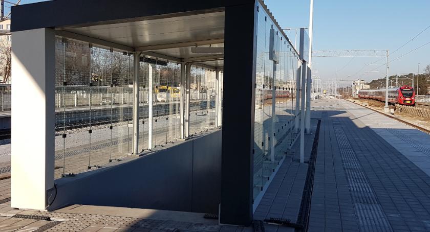 Inwestycje, Pasażerowie skorzystają zimie nowych peronów stacji Otwock przez złodziei - zdjęcie, fotografia