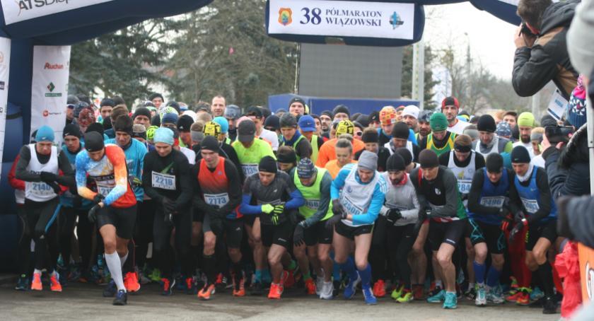 Bieganie, Półmaraton Wiązowski mocny start sezonu biegowego - zdjęcie, fotografia