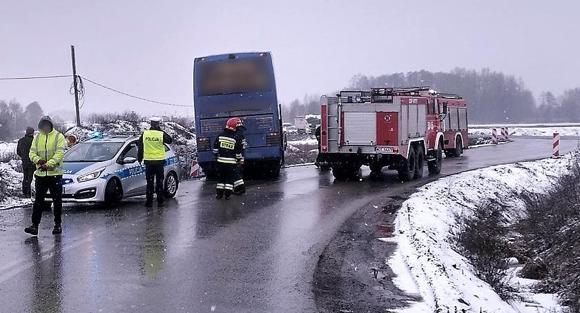 Wypadki drogowe , Kraksa autobusu - zdjęcie, fotografia
