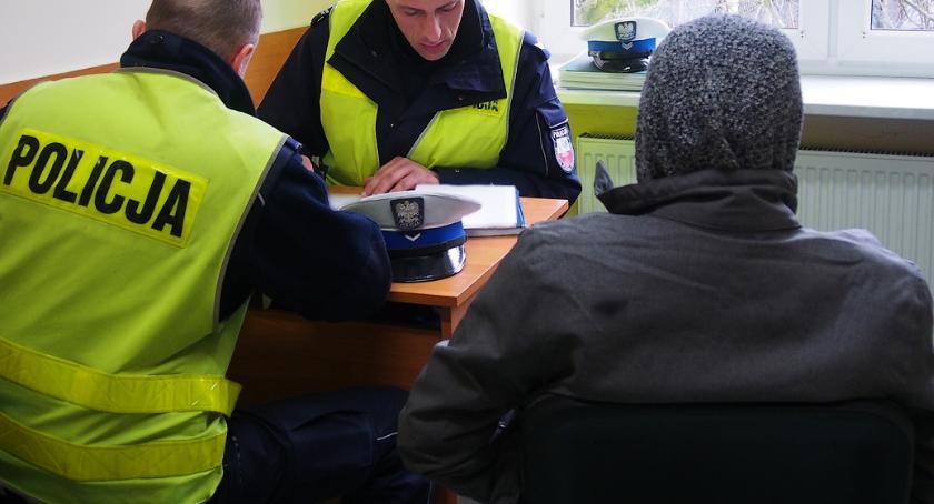 Kronika kryminalna, miesiące więzienia trzecią jazdę pijaku - zdjęcie, fotografia