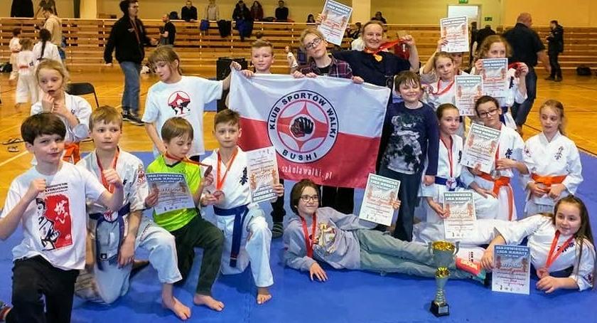 Sporty walki, Worek medali Bushi - zdjęcie, fotografia