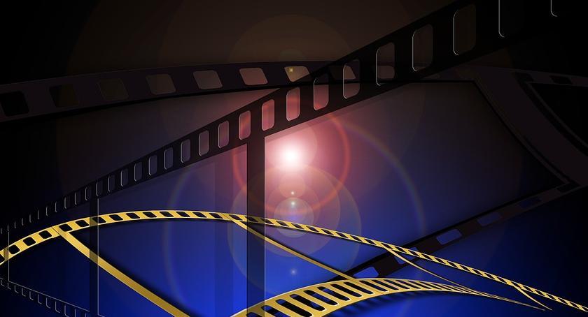 Film - fotografia, Kwiecień Filmowym Klubem Seniora - zdjęcie, fotografia
