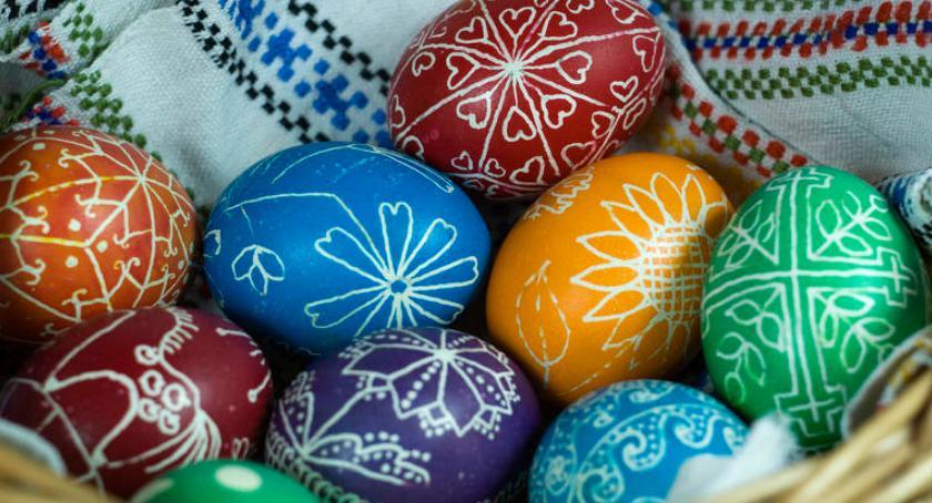 Imprezy, Wielkanocny kiermasz gminy Sobienie Jeziory - zdjęcie, fotografia