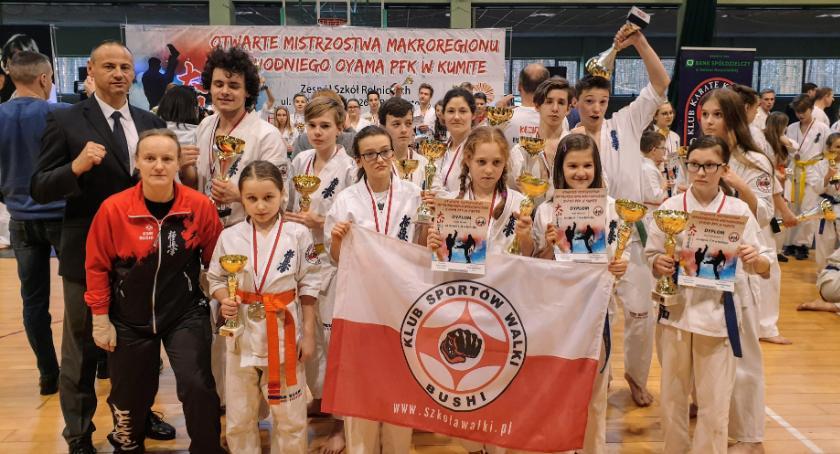 Sporty walki, Złoto Bushi - zdjęcie, fotografia