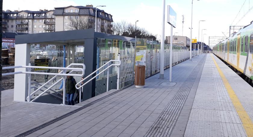 Komunikat, Prace przejściu podziemnym stacji Otwocku będą tymczasowe dojścia perony - zdjęcie, fotografia