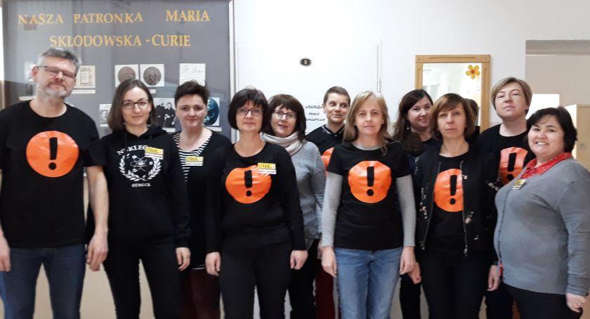 Edukacja - nauka, Strajk nauczycieli Nukleoniku upór nadzieja - zdjęcie, fotografia