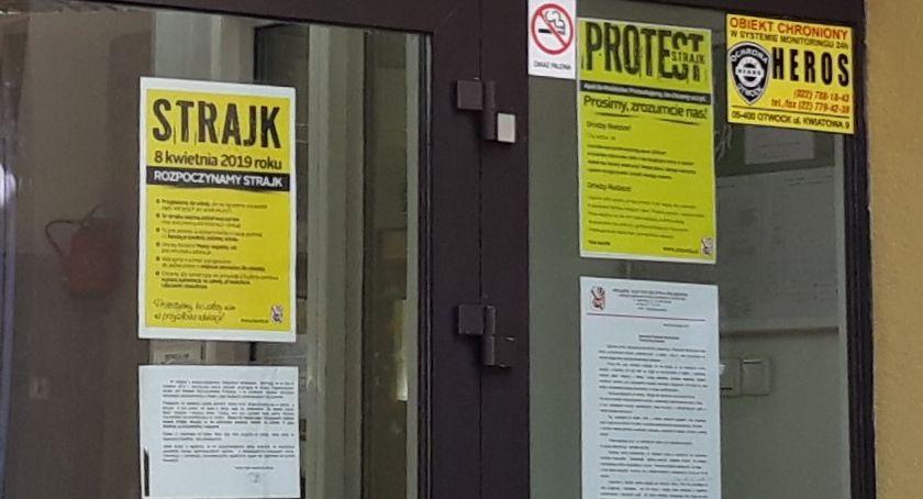 Edukacja - nauka, otwarty komitetów strajkowych szkół podstawowych powiatu otwockiego - zdjęcie, fotografia