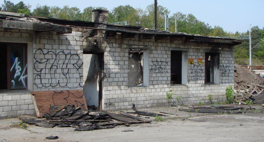 Interwencje Straży Pożarnej , Podpalenie niedopatrzenie przypadek - zdjęcie, fotografia