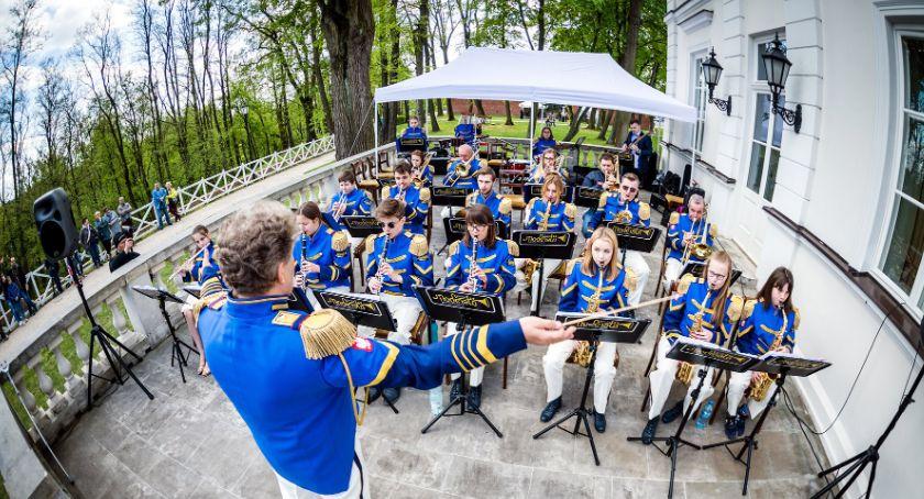 """Koncerty - muzyka, """"Letnia strefa muzyki"""" muzum Warce - zdjęcie, fotografia"""
