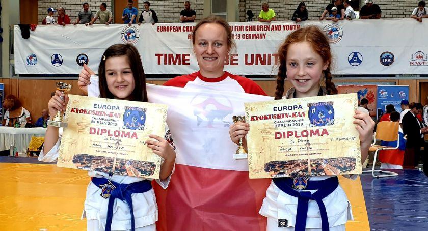 Sporty walki, Bushi zawodach Berlinie Józefowie - zdjęcie, fotografia