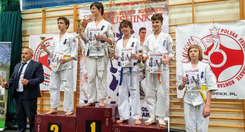 Sporty walki, Medalowy Dzień Dziecka Bushi - zdjęcie, fotografia
