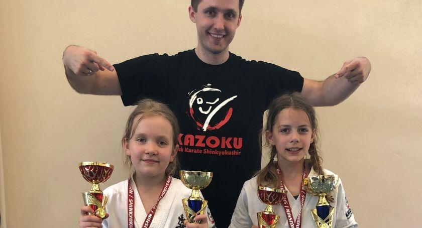 Sporty walki, Zawodniczki Kazoku bezkonkurencyjne - zdjęcie, fotografia