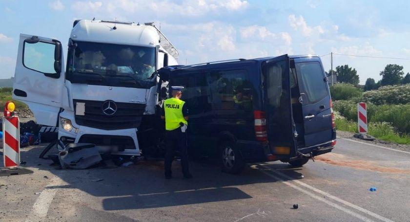 Wypadki drogowe , Trudna jazda Kolejny wypadek Lubicach - zdjęcie, fotografia