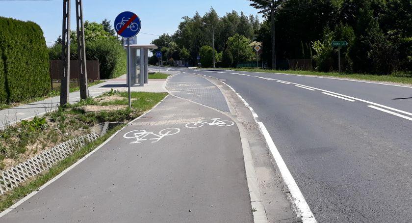 Komunikacja - drogi , (Nie)wygodna ścieżka rowerowa gminie Wiązowna - zdjęcie, fotografia
