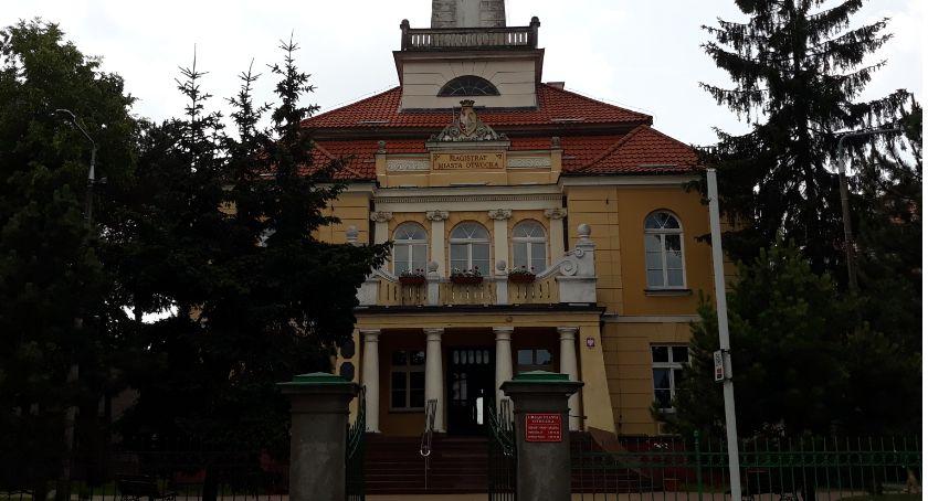 Finanse, Modernizacja Kmicica zamiast podwyżek urzędników - zdjęcie, fotografia