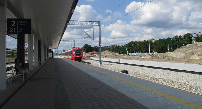 Inwestycje, Otwock Postępy modernizacji linii kolejowej - zdjęcie, fotografia
