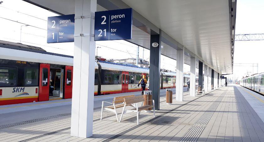 Komunikacja - drogi , Czasowe zmiany kursowaniu pociągów podmiejskich - zdjęcie, fotografia