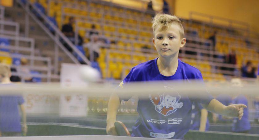 Tenis stołowy, Pingpongowe Marzenia Szkole Podstawowej Celestynowie - zdjęcie, fotografia