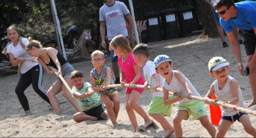 Sport - dyscypliny inne, Turniej Przeciągania Plaży - zdjęcie, fotografia